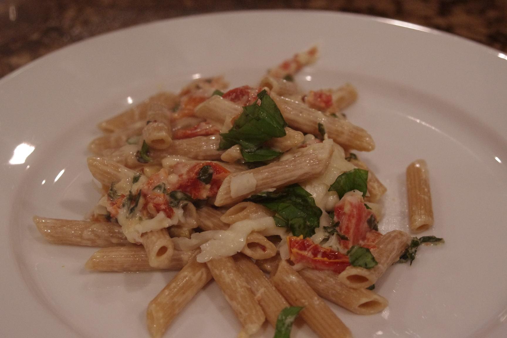 pasta with spicy sun dried tomato cream sauce 018